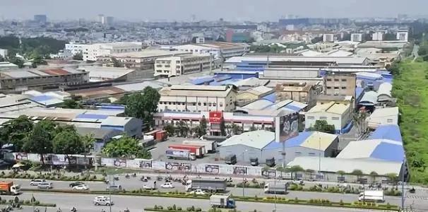 越南工业区因疫情出现返乡大潮